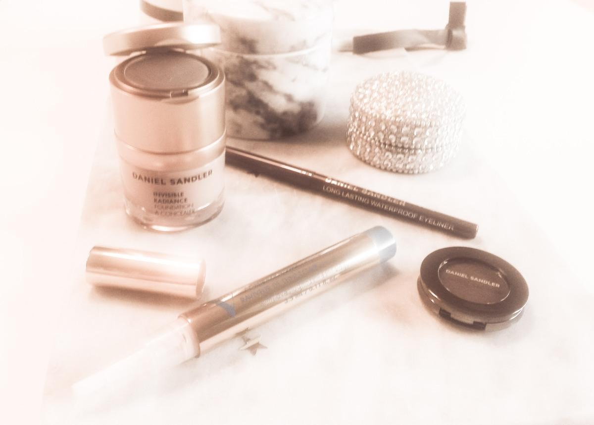 Basis makeup nødvendigheder - en serie