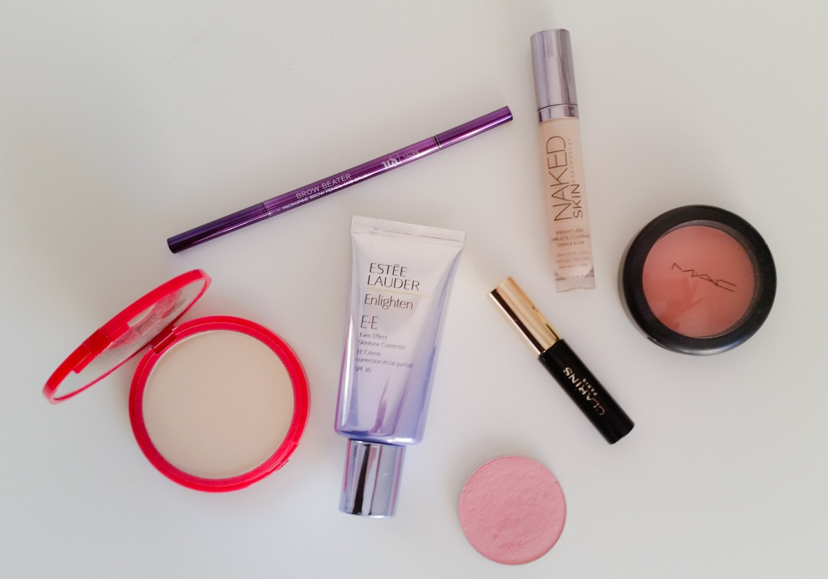 Basis Makeuplager samt hurtig hverdagsmakeup - everyday makeup routine